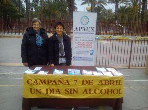 Mesa informativa de APAEX Elche en Sin Abusos.